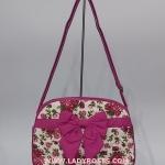 กระเป๋าสะพาย นารายา ผ้าคอตตอน พื้นสีขาว ลายดอกกุหลาบ สีชมพู ติดโบว์ (กระเป๋านารายา กระเป๋าผ้า NaRaYa กระเป๋าแฟชั่น)
