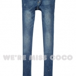 Pre-Order กางเกงยีนส์เอวต่ำ ฟอกสี เนื้อผ้านิ่ม เนื้อบาง ปักหมุดโลหะเท่ ๆ