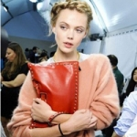 กระเป๋าคลัทช์(Clutch Bags)