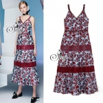 Best Seller-Restock เข้าเพิ่มครบไซด์แล้วนะคะ Sevy DSY Love aholic Maxi Dress Type: Maxi Dress Fabric: Polyester+Lace Detail: เดรสยาวคอวีแขนกุ๊ด เนื้อผ้าพิมพ์ลายอักษรเรียงต่อเป็นรูปหัวใจ โทนสีแดงฟ้า แต่งด้วยลูกไม้แดงไล่เป็นชั้น กระโปรงชายบานระบายนิดๆ เนื้อ