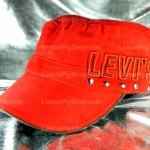 หมวก Cap สีแดง LEVI'S โซ่ห้อย หมุดกระดุม เท่ห์มากๆ