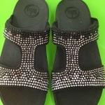 รองเท้า Fitflob Flare Slide Con สวมเพชรกระจาย สีดำ No.FF035