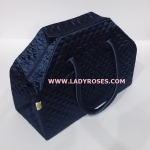กระเป๋าเดินทาง นารายา ผ้าซาติน สีน้ำเงินเข้ม ทรงสี่เหลี่ยมคางหมู (กระเป๋านารายา กระเป๋า NaRaYa กระเป๋าผ้า)
