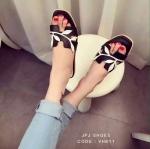 รองเท้าแตะสไตล์ HERMES 2016 วัสดุทำจากหนัง PU เนื้อเนียนนุ่มใส่สบาย ปักเป็นรูปใบไม้