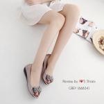 รองเท้าคัชชูเปิดหน้า ทำจากผ้าสีออกเมทัลลิคแต่งอะไหล่เก๋มาก