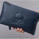 Pre-order กระเป๋าสตางค์ผู้ชาย กระเป๋าคลัชท์ หนังแท้ปั้มรูปหัวกระโหลก สีน้ำเงิน