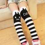 ถุงเท้าเด็กแบบยาว ดำสลับขาว