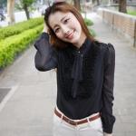 (Pre-Order) เสื้อผ้าแฟชั่นเกาหลีปี 2014 เสื้อเชิ้ตคอปกแขนยาว เสื้อเชิ้ตทำงาน เสื้อผ้าทำงาน กระดุมหน้า ผ้าชีฟองสีดำ ระบายที่หน้าอก