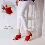 รองเท้าส้นตันแบบสวม สี Pastel Colorful วัสดุทำจากหนังสักหลาดให้เนื้อสัมผัสที่นุ่ม