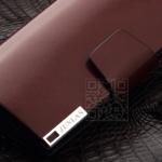 กระเป๋าสตางค์ กระเป๋าคลัทช์สำหรับผู้ชาย แฟชั่นกระเป๋าสไตล์อิตาลี หนังแท้ หนังแข็ง สีแดงเข้ม