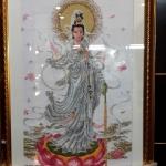 ภาพปักครอสติช เจ้าแม่กวนอิม ขนาด สูง92x62เซนติเมตร งานฝีมือ พร้อมกรอบทอง