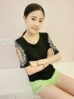 เสื้อแฟชั่นเกาหลีสีดำเว้าแขนปักลาย