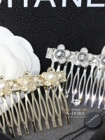 พร้อมส่ง ~ A~Dora Brand Crazy Chanel Fashion Comb Hair Clip For Women Jewelry Hair