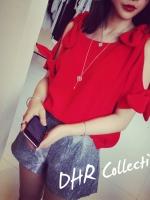 เสื้อแฟชั่นผ้าชีฟอง สีแดงเว้าไหล่ มีสายผูกโบว์แยกชิ้น