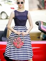 พร้อมส่ง ~ 2Sister Made, Korean Sleeveless Dress with Blue Line Design
