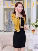 ชุดเดรสสีดำเข้ารูปช่วงเอว + เสื้อสูทสีเหลืองเย็บซับในอย่างดี