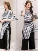 พร้อมส่ง ~ Sevy Two Pieces Of Versace Contrast Dress With Pants Sets