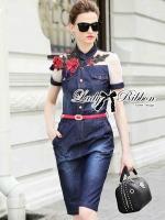 พร้อมส่ง ~ Lady Olivia Urban Chic Rose Embroidered Denim Shirt Dress