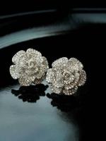 พร้อมส่ง ~ ทีเด็ดรอบนี้ขอมอบให้กับ Chanel earring swarovski crystal