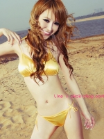 ชุดชั้นในสีทองแบบทูพีชเป็นชุดว่ายน้ำได้ด้วยราคาถูก