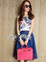 พร้อมส่ง ~ Lady Elena Graphic Print Crop Top and Denim Midi Skirt Set
