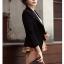 พรีออเดอร์ เสื้อสูทแฟชั่นสไตล์เกาหลี เสื้อสูทผู้หญิง สูทสั้น คอวี มีปก แขนห้าส่วน กระเป๋าข้างมีฝา กระดุมเม็ดเดียว สีดำ thumbnail 4