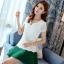 Pre-order เสื้อฤดูร้อนผ้ายืด ทอลูกไม้ คอวี สไตล์แฟชั่นเกาหลีแท้ สีขาว thumbnail 2