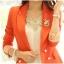 Pre-order เสื้อสูทแฟชั่น สีส้ม แต่งสาบแขนด้วยผ้าลายทาง thumbnail 1