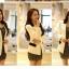 Pre order เสื้อสูทแฟชั่นเกาหลี ปกสูท แขนยาว แต่งด้วยผ้าต่างสีที่ปกและกระเป๋า สีขาว thumbnail 4