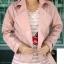 พรีออเดอร์ เสื้อแจ็คเก็ตหนัง เสื้อแจ็คเก็ตผู้หญิง เข้ารูปพอดีตัว สีชมพูอ่อน แต่งซิปเก๋ มีปก แฟชั่นเกาหลี thumbnail 3