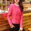 Pre-Order เสื้อแจ็คเก็ตหนังผู้หญิง สีชมพูเข้ม แต่งซิปหน้าและกระเป๋า คอกลม แขนยาว แฟชั่นเสื้อกันหนาวสไตล์เกาหลี thumbnail 2