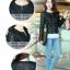 Pre-Order เสื้อแจ็คเก็ตหนังผู้หญิง สีดำ แต่งซิปหน้าและกระเป๋า คอกลม แขนยาว แฟชั่นเสื้อกันหนาวสไตล์เกาหลี thumbnail 1
