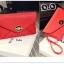 Pre-Order กระเป๋าคลัทช์ปั๊มลายตารางเนื้อมันเป็นเงา สีแดง กระเป๋าแฟชั่นผู้หญิง เปลี่ยนเป็นกระเป๋าถือออกงานหรูได้ หรือใช้เป็นกระเป๋าสะพายไหล่ได้ thumbnail 2