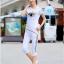 Pre-Order ชุดออกกำลังกายแฟชั่นฤดูร้อน ชุดออกกำลังกายผู้หญิง ชุดลำลอง สไตล์สาวคล่อง เสื้อแขนสั้นและกางเกงขาสามส่วน สีขาว thumbnail 2