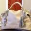 (Pre-order) กระเป๋าหนังแท้ กระเป๋าสะพายผู้หญิง หนังแท้ปั้มลายหนังงู แบบคลาสสิค สไตล์ยุโรป อเมริกา สีเบจ thumbnail 2