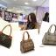 กระเป๋าแฟชั่นสตรี หนังPU เกรด A (แบรนด์แท้ฮ่องกง) thumbnail 1