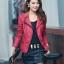เสื้อแจ็คเก็ตหนัง เสื้อแจ็คเก็ตผู้หญิง เข้ารูปพอดีตัว คอจีน มีปก สีแดง แต่งซิปเก๋ ขลิบดำ แฟชั่นเกาหลี thumbnail 2