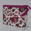 กระเป๋าเครื่องสำอางค์ นารายา ผ้าคอตตอน พื้นสีขาว ลายดอกกุหลาบ สีชมพู มีสายคล้องแขน (กระเป๋านารายา กระเป๋าผ้า NaRaYa) thumbnail 2