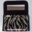 กระเป๋าเครื่องสำอางค์ นารายา ผ้าคอตตอน ลายม้าลาย สีดำ-น้ำตาล มีกระจกในตัว Size L (กระเป๋านารายา กระเป๋าผ้า NaRaYa) thumbnail 5